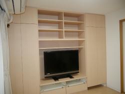 ルンバ基地と掃除機を収納できる壁面収納テレビ台