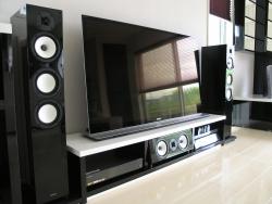 白と黒のTVボード&PCデスク