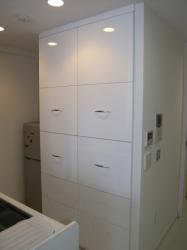 家電を隠す食器棚
